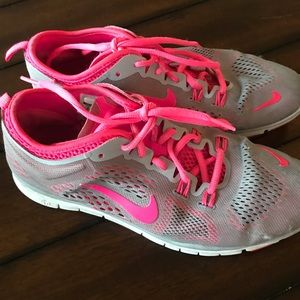 Nike Shoes - Nike 5.0 running shoes size 8 grey and hot pink